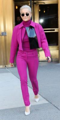 Rita Ora : Explosive en total look fuchsia  !