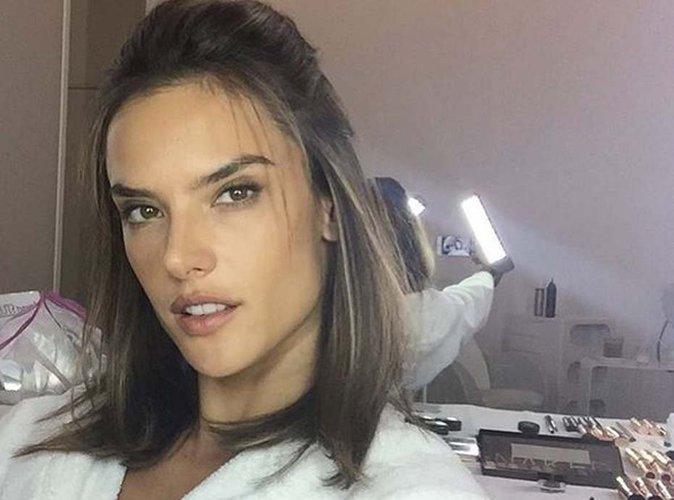 Alessandra Ambrosio : un selfie sans retouches ? Pas vraiment !