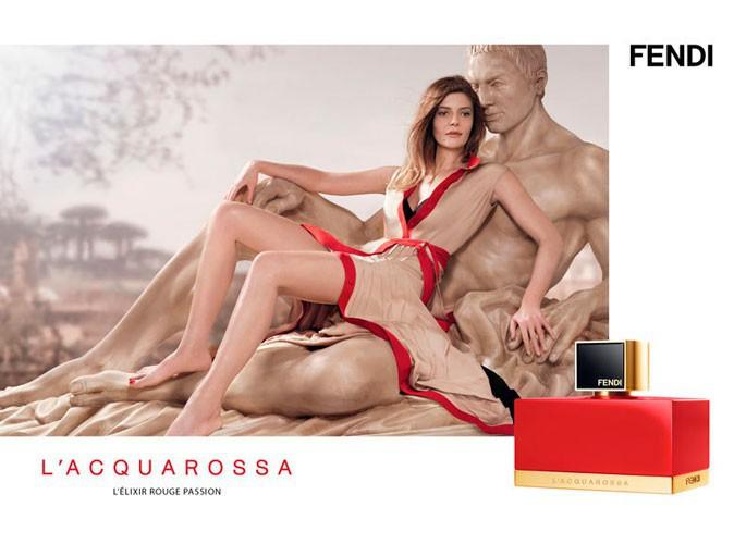 Beauté : Chiara Mastroianni : sa campagne pour le parfum L'Acquarossa de Fendi !
