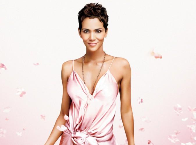 Beauté : Halle Berry, future maman romantique et exotique pour son nouveau parfum !