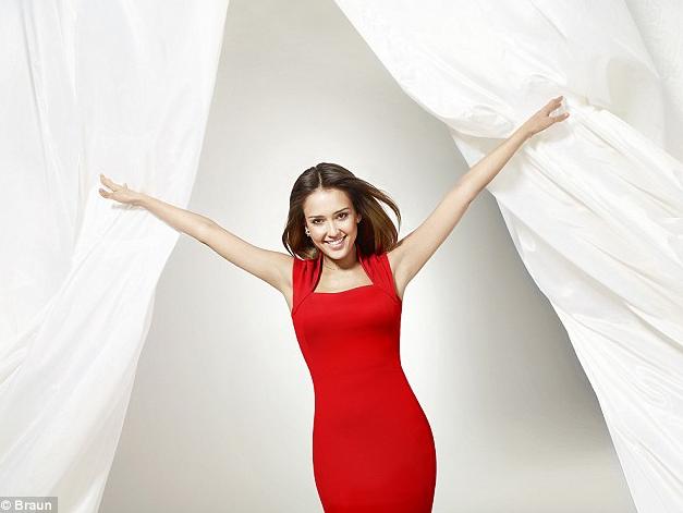 Beauté : Jessica Alba : Fan du nouveau produit Braun !