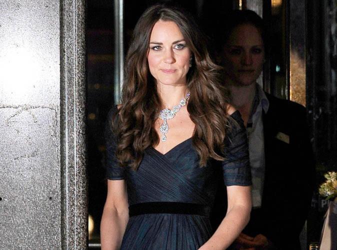 """Beauté : Kate Middleton : des boucles """"un peu too much"""" !"""