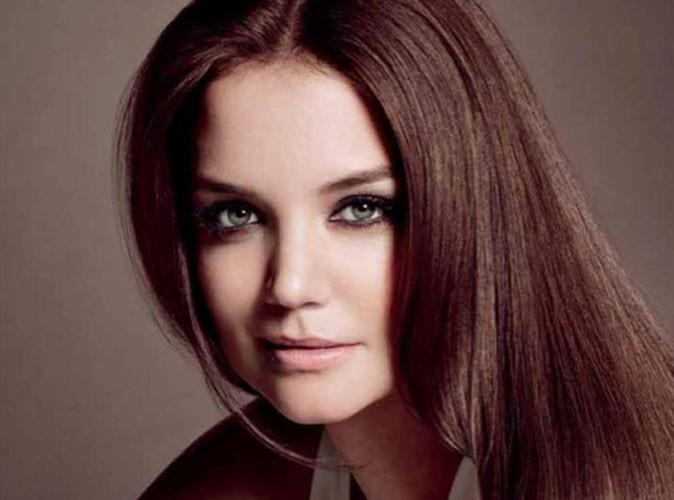 Beauté : Katie Holmes signe un nouveau contrat avec Alterna, une marque de soins pour cheveux !