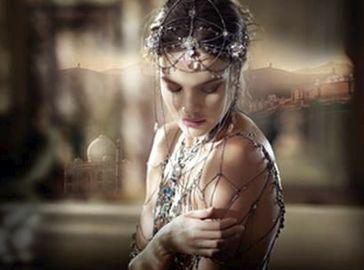 Beauté : Natalia Vodianova : la bombe russe se réincarne en une sublime princesse indienne pour Guerlain !