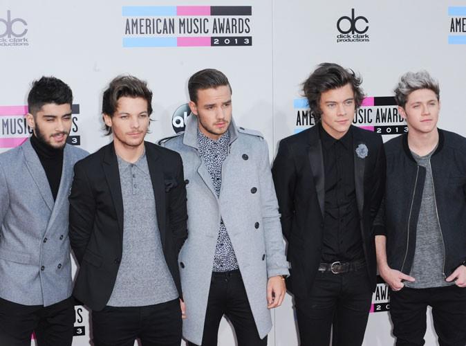 """Beauté : One Direction : le groupe dévoile la publicité de Noël pour leur parfum """"Our Moment"""" !"""