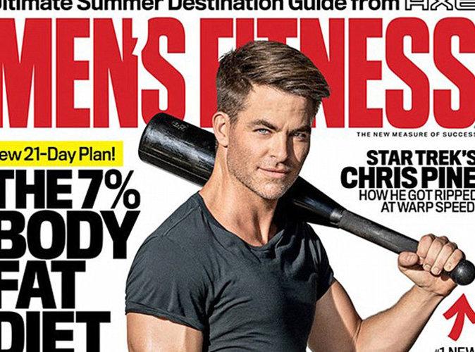 Chris Pine tout en muscles en couverture du magazine Men's Fitness