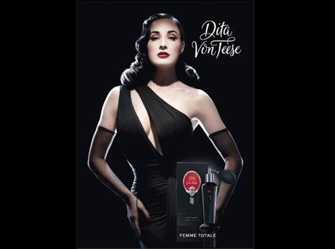 """Dita Von Teese présente  son premier parfum  """"Dita Von Teese"""""""