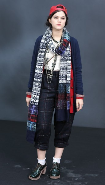 Soko chez Chanel - Fashion week automne-hiver 2013/14