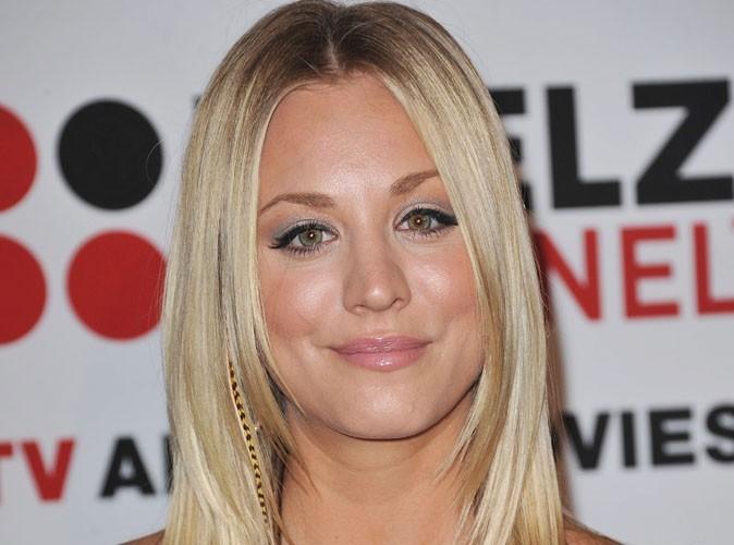 """Kaley Cuoco : la star de """"The Big Bang Theory"""" fait de la concurrence à katy Perry et Naya Rivera..."""