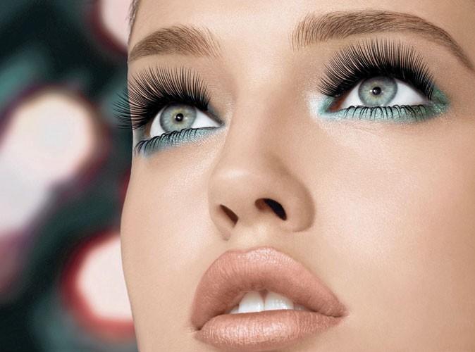 Maquillage : un mascara qui attrape les cils un par un !
