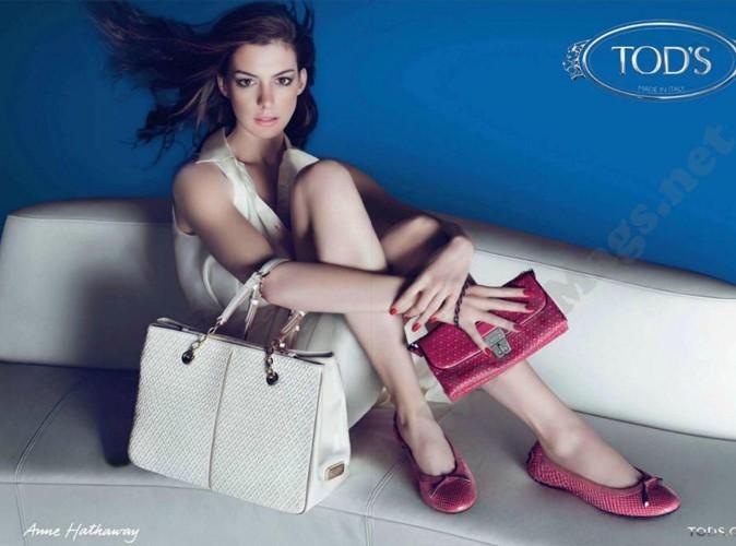 Mode : Anne Hathaway s'habille en Tod's… Le diable n'a qu'à bien se tenir !