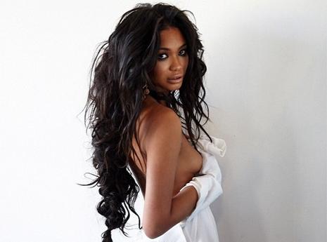 Mode : Chanel Iman : topless réussi pour Malibu Magazine !