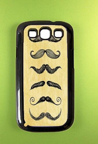 Pour Samsung : Coque moustaches, boutique DzinerCases sur etsy.com 11,94 €