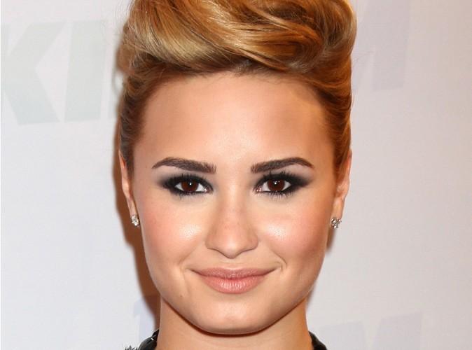 Mode : Demi Lovato vend ses vêtements sur ebay pour une mission caritative !