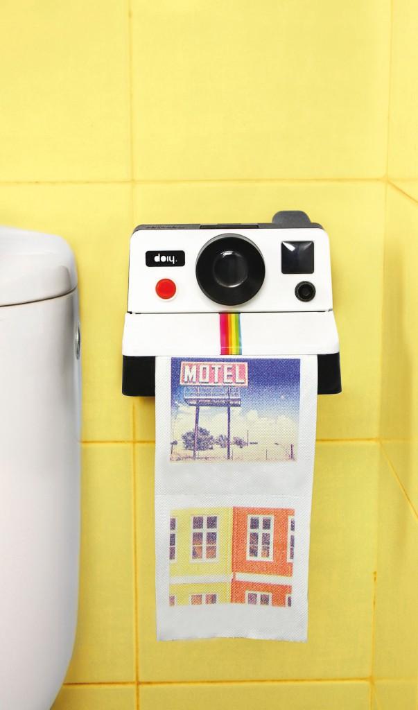 Distributeur de papier toilette Polaroid, DOIY sur minimall.fr 19,90€