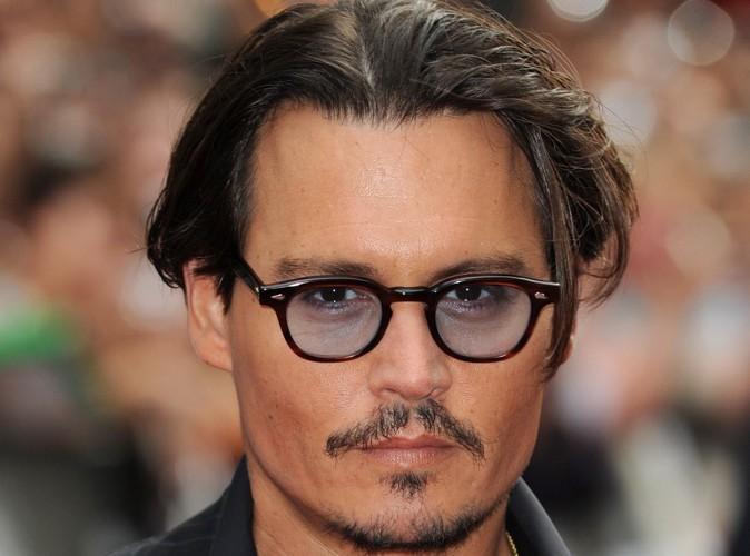 Mode : Johnny Depp, un pirate récompensé pour son sens du style !