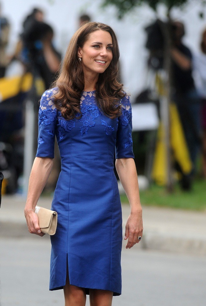 Juin 2011 : robe bleue Erdem