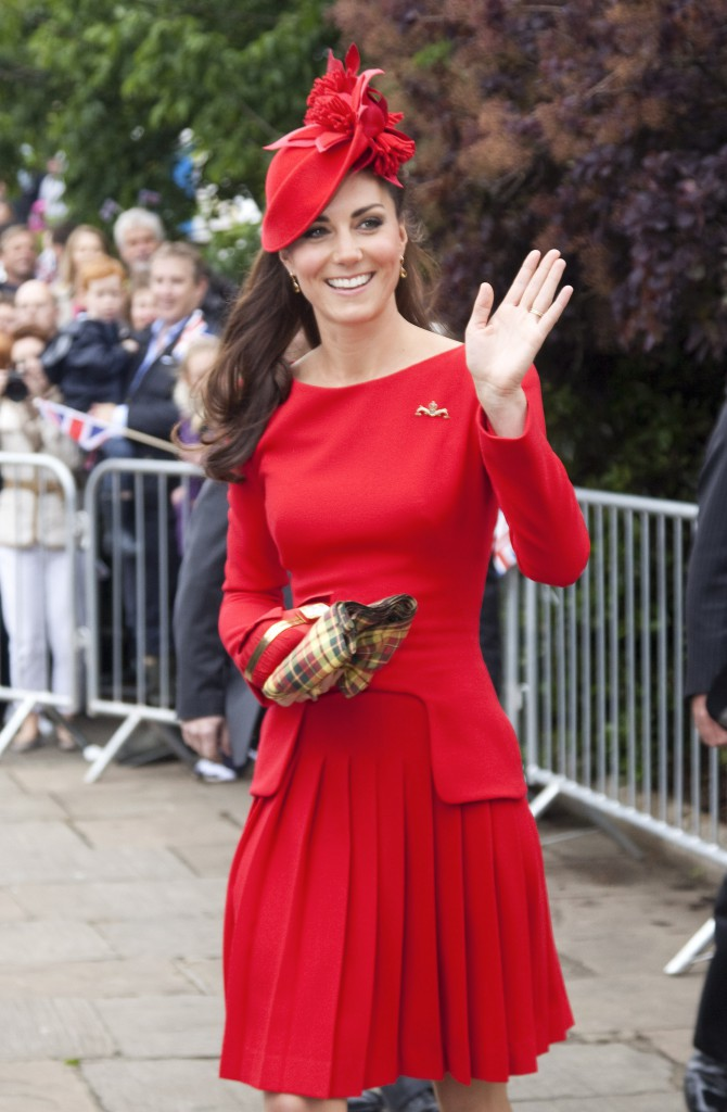 Mode : Kim Kardashian copie Kate Middleton sans scrupule !