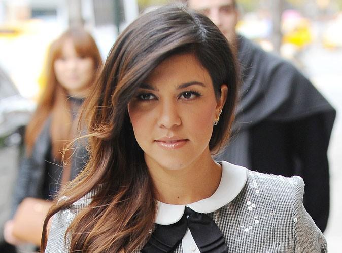"""Mode : Kourtney Kardashian : sa ligne de vêtements dédiée aux """"vraies femmes"""" !"""