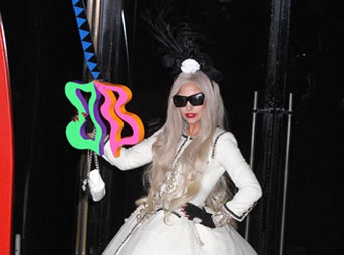 Mode : Lady Gaga veut se faire incinérer avec une robe Chanel !