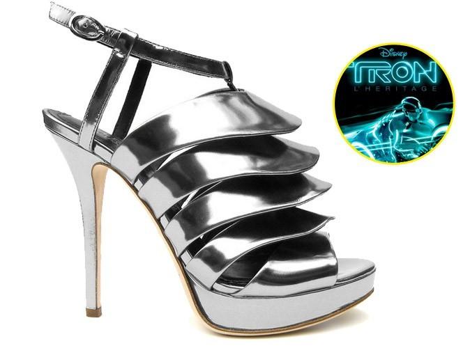 Mode : Le look Tron des pieds à la tête en exclusivité chez Colette !