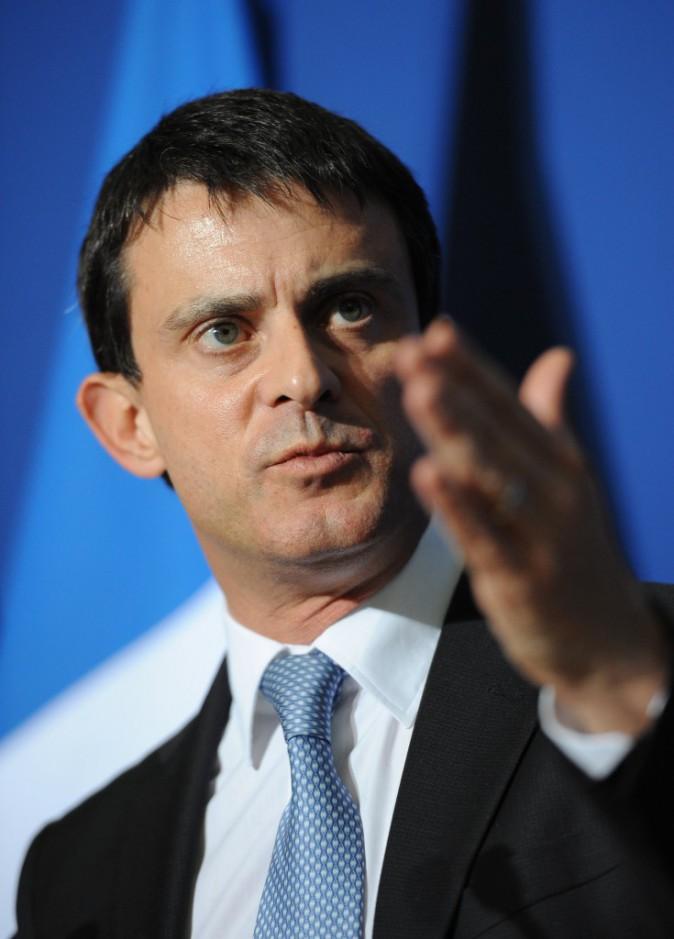 Manuel Valls n'assortit pas que ces cravates aux décors ?