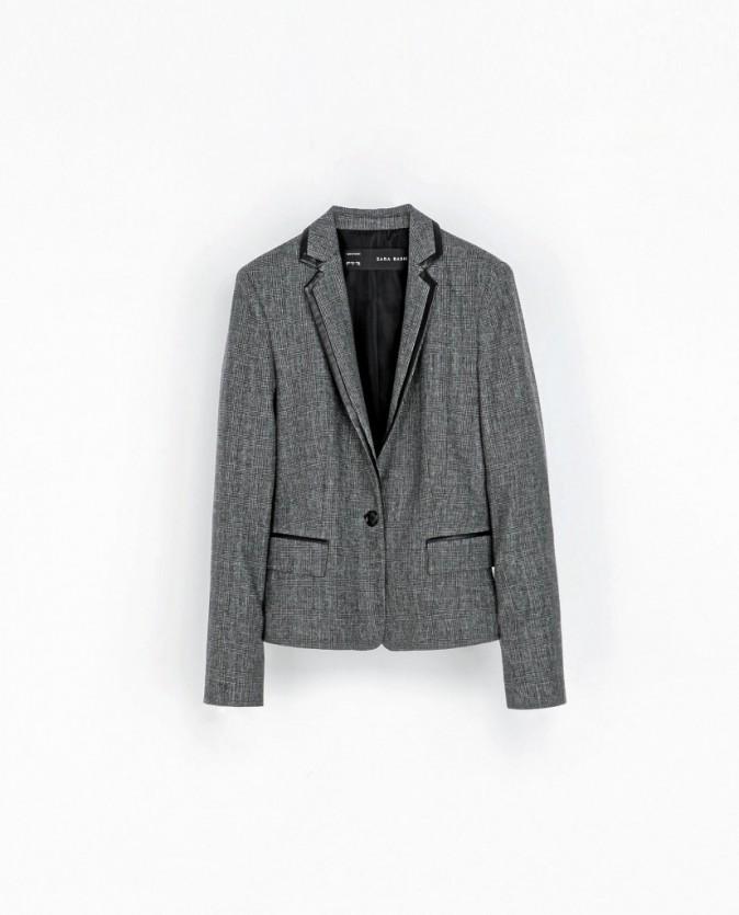 Blazer en laine à carreaux, Zara, 69 €