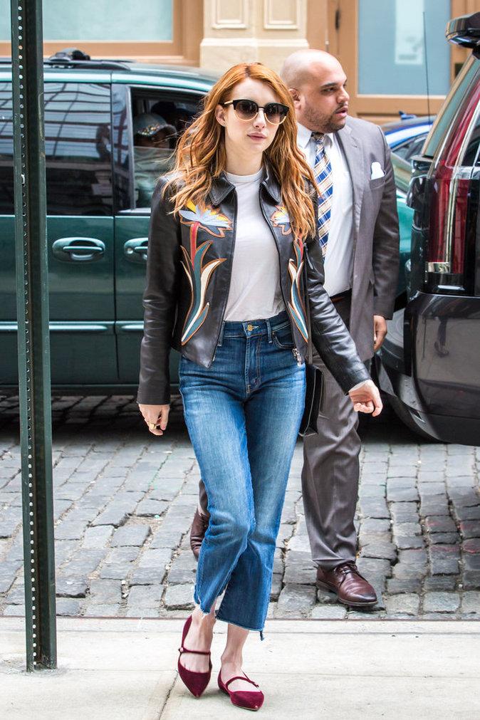 Photos : Emma Roberts le pantacourt en jean fait des émules !