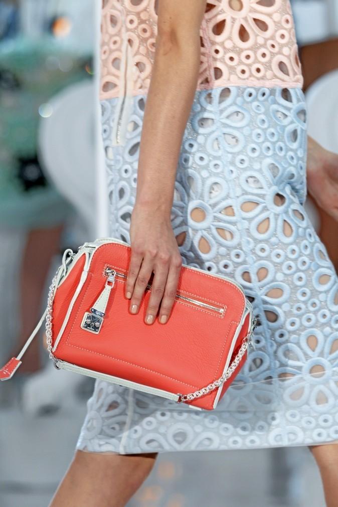 Le sac bicolore Louis Vuitton du défilé printemps-été