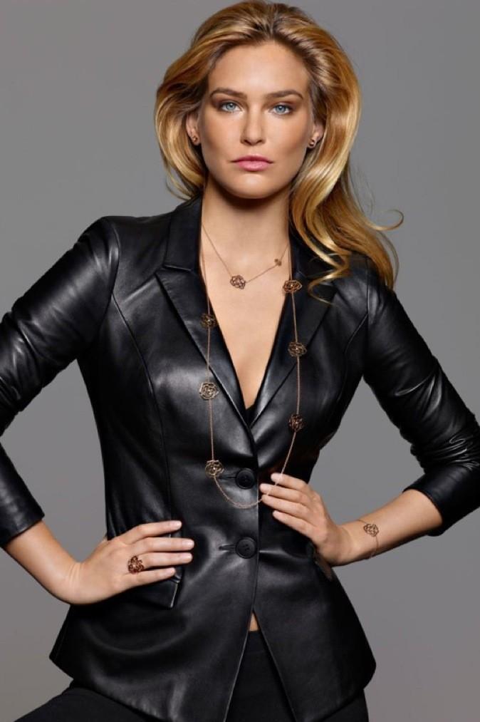 Bar Rafaeli est divine sur la nouvelle campagne publicitaire des bijoux Piaget !
