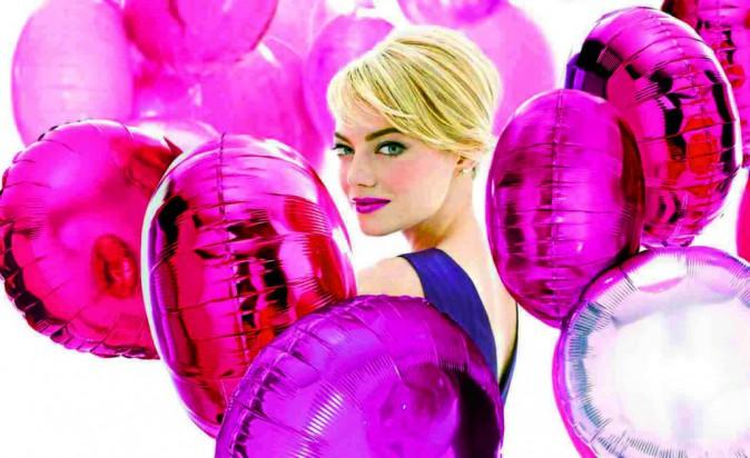 Emma Watson pour Revlon : Pimpante à souhait dans cette ode au rose piquant !