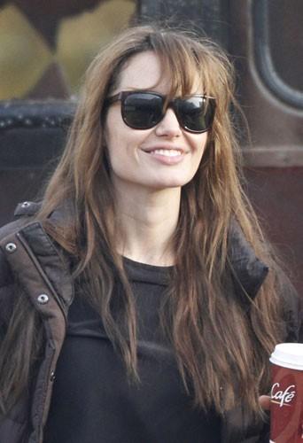 Le matin c'est café et lunettes de soleil