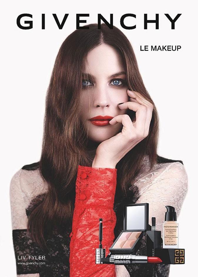 Liv Tyler devient égérie make-up de la maison Givenchy !