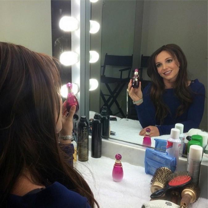 Le 09 février 2014, Britney passe au brun !