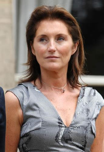 Cécilia Attias, la même à 30, 40 et 50 ans !
