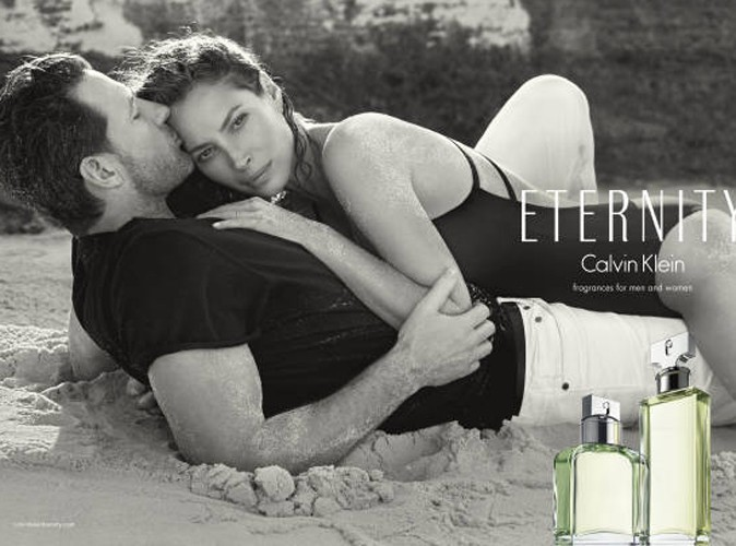 Christy Turlington et son mari, Ed Burns pour le parfum Eternity en 2014 !