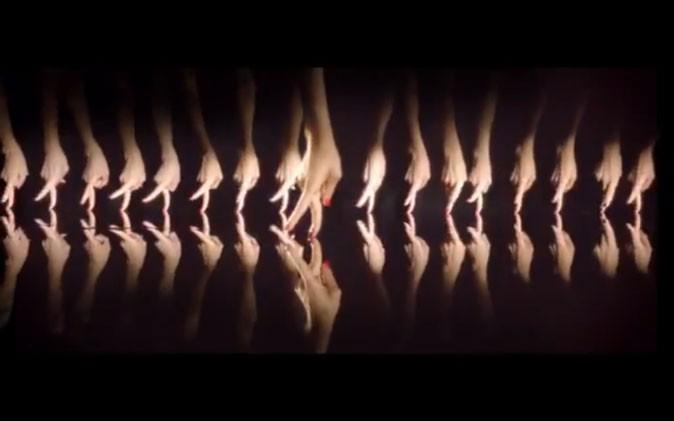 Une mise en scène directement inspirée du burlesque !