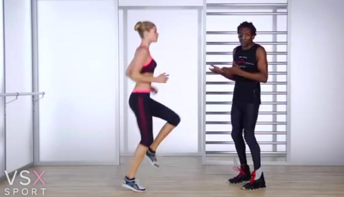 Doutzen Kroes travaille ses jambes avec son coach Michael Olajide