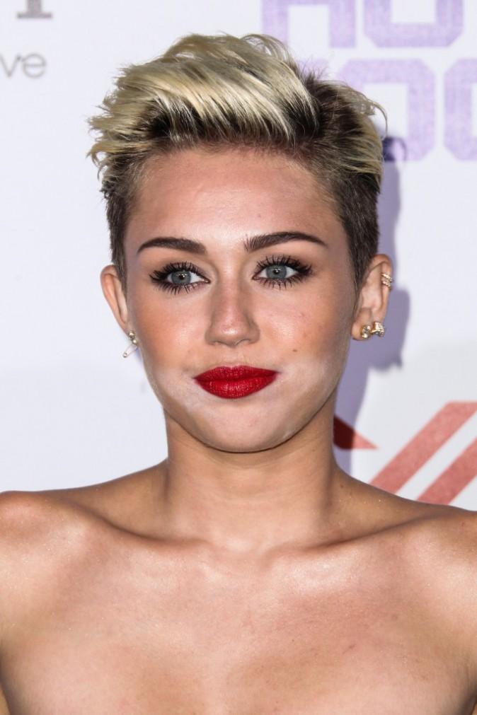 Miley Cyrus - 2013