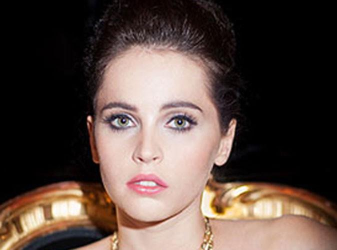 Beauté : Felicity Jones est la nouvelle égérie de Dolce & Gabbana !
