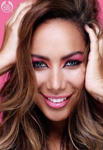 Leona Lewis lance une ligne de cosmétiques avec The Body Shop