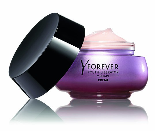 Crème Youth Liberator Y-Shape, Yves Saint Laurent 114,50 €