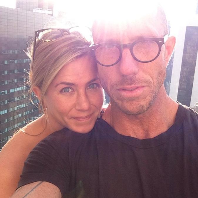 Jennifer Aniston et son coiffeur adoré Chris McMillan sur Instagram !