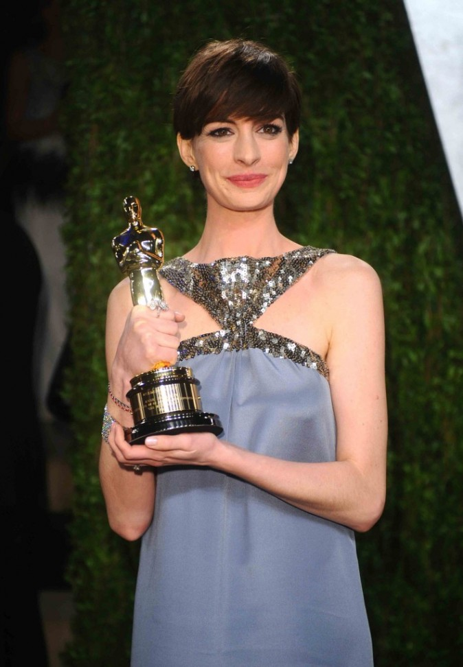 Anne Hathaway à la soirée Vanity Fair des Oscars, Février 2013