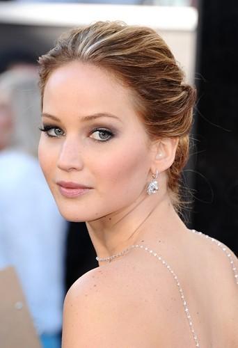 Jennifer Lawrence lors de la 85th cérémonie des Oscars le 24 février 2013 à Los Angeles