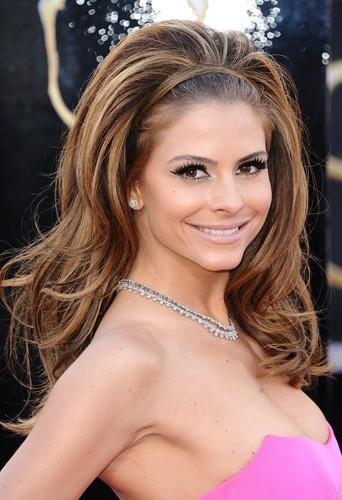 Maria Menounos lors de la 85th cérémonie des Oscars le 24 février 2013 à Los Angeles