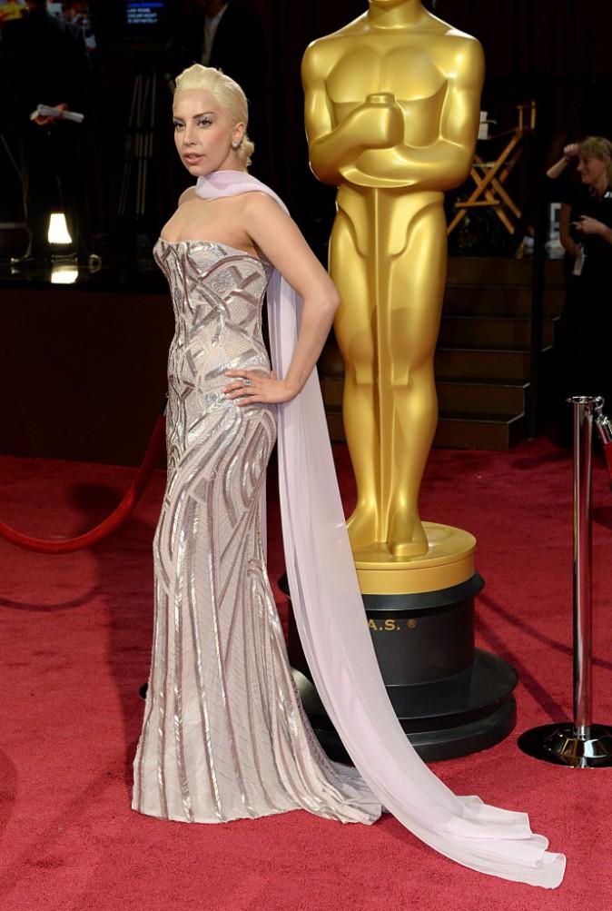 Lady Gaga a opté pour le chignon