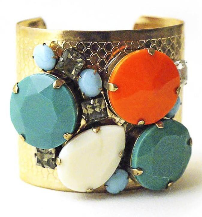 Bracelet en métal et pierre, Beads, sur lessisrare.fr, 150€