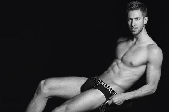 Calvin Harris : il se déshabille pour Emporio Armani !