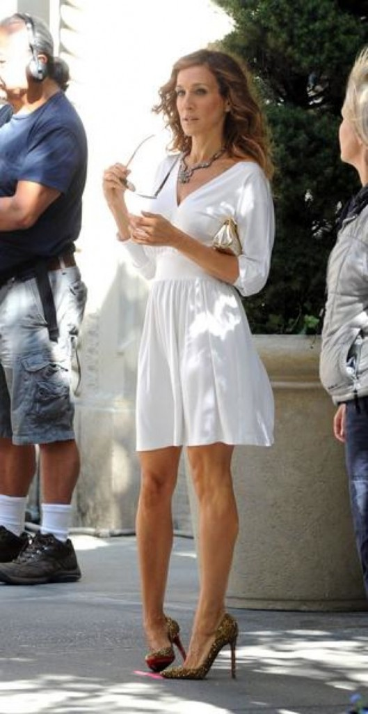 Que de superbes robes dans son dressing !
